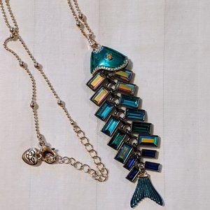 NWOT Betsey Johnson Glitter Reef Fishbone Necklace